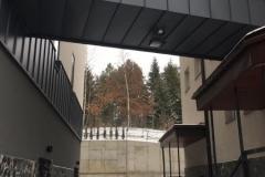 Szkoła-z-zewnątrz-5